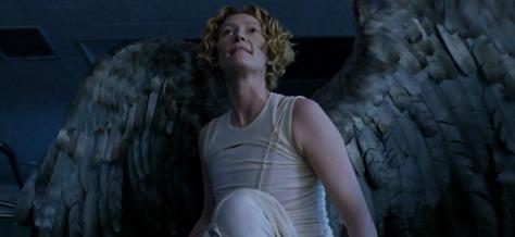 constantine-tilda-swinton-gabriel-angel-wings