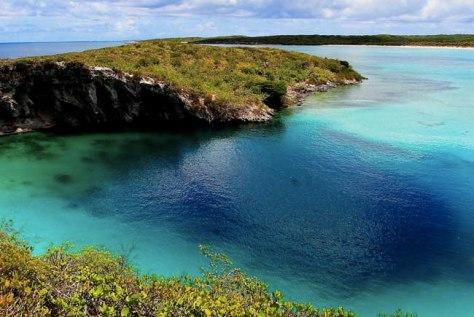 blue-hole-bahamas